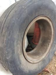 Cubo com pneu
