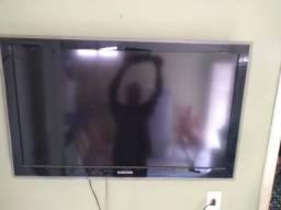Vendo Televisão LCD 42 polegadas