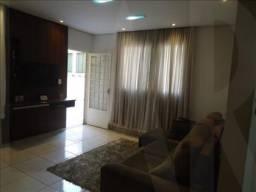 Casa à venda, 3 quartos, 1 vaga, Heliópolis - Belo Horizonte/MG