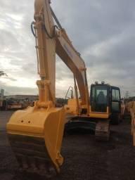 Vende-se Escavadeira Pc 200-8