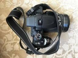 Câmera semi profissional Coolpix P600