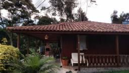 Casa Próxima à Pedra Azul com PORTEIRA FECHADA