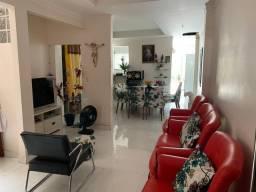 Lene Pegado Vende Casa de 02 pavimentos C/P.Comercial na Av. D/Freitas a 100 m do S/Mateus