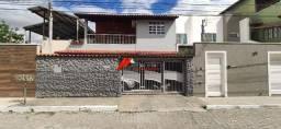 Casa de lote inteiro no melhor local do bairro Santa Terezinha