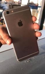 iPhone 6plus novo só com um pequeno tricando na tela
