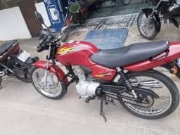 Moto relíquia 2001