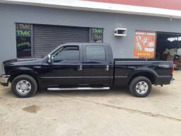 Ford F-250 cabine dupla