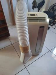 Ar condicionado portátil DeLonghi 127V