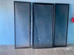 3 portas de vidro