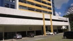 Alugo flat com serviços de camareira e lavanderia na Boa Vista