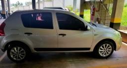 Carro Sandero 1.6 8V Negociável