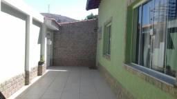 Casa para Venda em Volta Redonda, RETIRO, 4 dormitórios, 2 suítes, 4 banheiros, 1 vaga