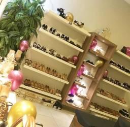 Móveis para loja de calçados completa