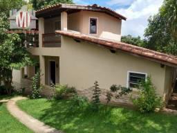 Chácara deslumbrante com 02 casas, 03 dormitórios, à venda em Pinhalzinho/SP