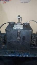 Caixa hidráulico  pneumática  dulpo efeito   e sistema manal tanbem