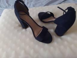 Sandália salto azul