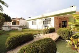 Casa com 3 dormitórios à venda, 204 m² por R$ 900.000,00 - Vale do Paraíso - Teresópolis/R