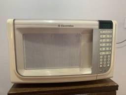 Microondas Electrolux MEF 41