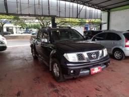 Nissan Frontier SEL 2.5 Preto