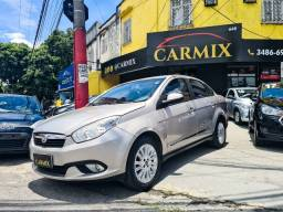 Grand Siena Essence 1.6 2013 com gnv