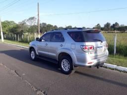 Toyota hilux sw 2015