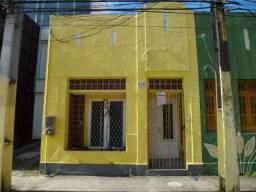 Título do anúncio: Casa com 04 quartos, Santo Amaro - Recife