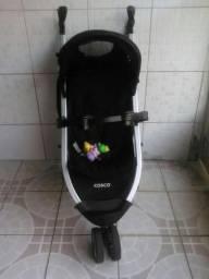 Carrinho de bebê Cosco preto umbrella Deluxe super conservado