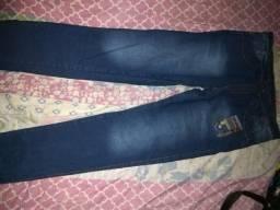 Calça jeans bonita nova