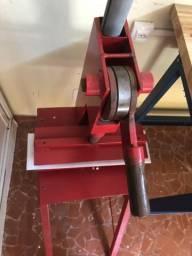 Maquina de chinelo manual
