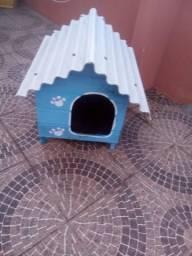Linda casa de cachorro nova