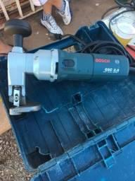 Tesoura elétrica Bosch zerada 500w
