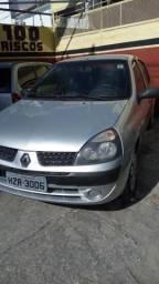 Clio Sedan 1.6 Completo - 2005