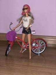 Brinquedo Barbie ciclista