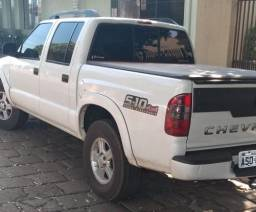 S10 Cab.Dupla 4x4 mwm 2.8 Turbo.Diesel/4 pneus novos/aceita troca/Completa/Conservada - 2010
