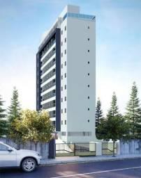 Apartamento na Torre com 2 Quartos e Suíte Varanda