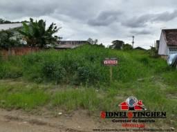 Terreno próximo ao Posto de Saúde, em Bal. Barra do Sul - SC.