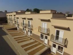 Casa com 2 dormitórios à venda, 64 m² por R$ 290.000,00 - Residencial Ana Maria - Louveira