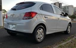 Chevrolet Onix 2014 LT Completo - Em Estado de zero KM - Baixo KM - Cheira Novo - 2014