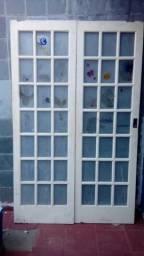 Portas (madeira nobre de vidrinhos) - Duas