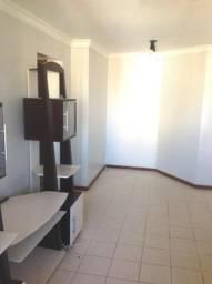 Venda Excelente Apartamento 2 Quartos C/ Varanda e Armários