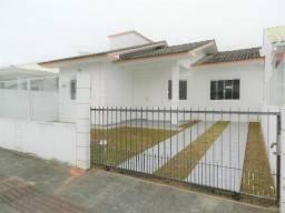 Casa com 3 Dormitórios em São José bem Localizada
