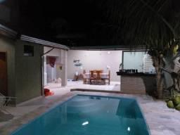 Casa com 3 dormitórios à venda, 200 m² por R$ 650.000 - Jardim do Lago - Uberaba/MG
