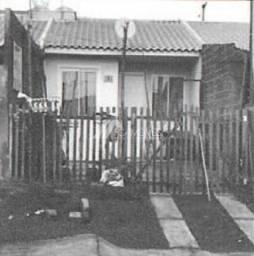 Casa à venda com 2 dormitórios em Uvaranas, Ponta grossa cod:c64b52b04ef