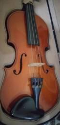 Violino semi-novo