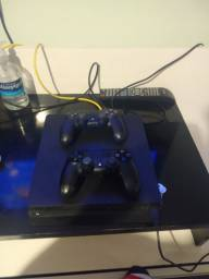 PS4 slim novo