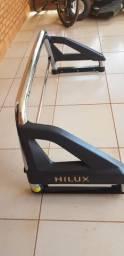 Santo Antônio cromado da caminhonete Hilux muito novo !!!