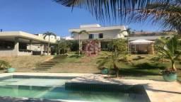 Casa em condomínio com 3 Suítes, 550m², Piscina e Churrasqueira, Vale dos Lagos