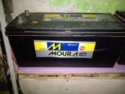 Vendo bateria Moura 150 amperes