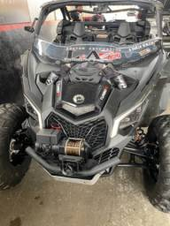 Utv can-am maverick x3 turbo