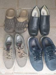 Sapatos usados mais bem consevados